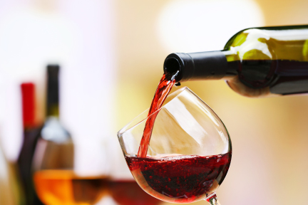 Pictire of wine being poured into a glass