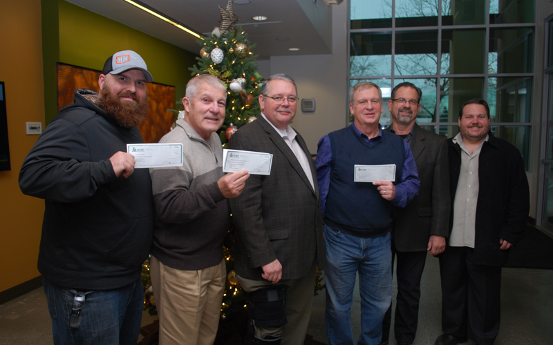 Picture of Columbia Credit Union donating $25,200 to local veterans organizations