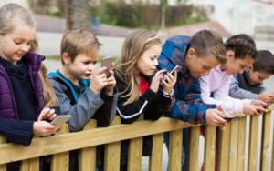 Picture of Kids on Cell Phones