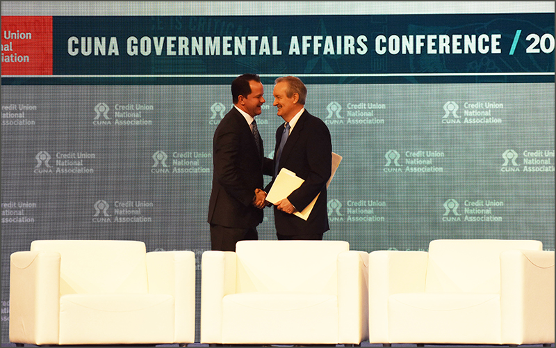 Northwest Credit Union Association President and CEO, Troy Stang, welcomes Idaho Senator Mike Crapo to the main stage at CUNA GAC on March 12 in Washington, D.C.